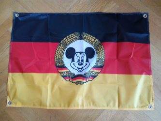 Flagge der Bunten Republik Neustadt 2016